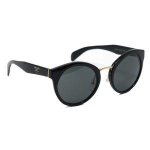 Prada Cat-eye Sunglasses SPR05T